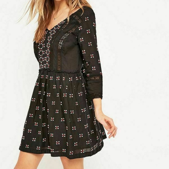 Staring at Stars Dresses & Skirts - Anthropologie Staring at Stars Embroidered Dress S